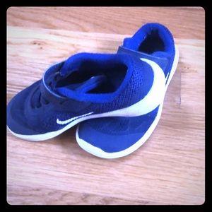 Nike Tennis Shoes 10C
